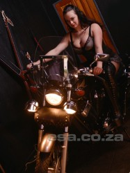 Click Mistress Chloe Cox's picture for more information